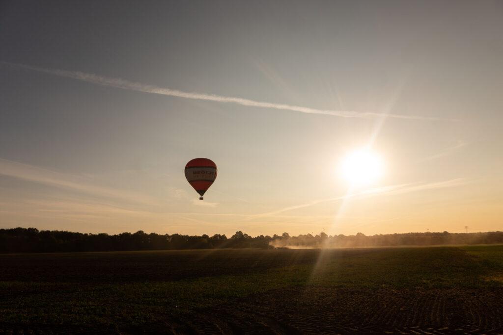 Ballon im Abendlicht