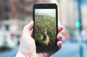 Hermansdenkmal auf Smartphone