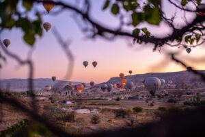 ballonfahrt-bild-fotograf-erlebnis-freiballon-landschaft-abendstimmung