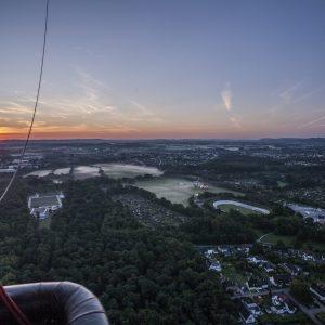 Sonnenaufgang im Ballonkorb