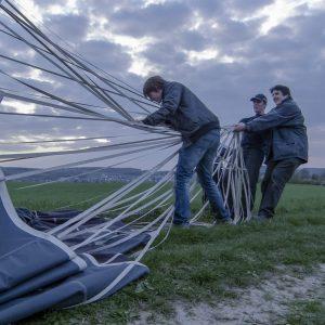 Gemeinsam sind wir stark: Ballonfahren ist Teamwork.