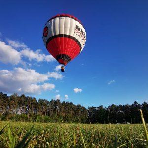 start des Brötje ballon auf dem Flugplatz Oerlinghausen sennelandschaft Teutoburger wald